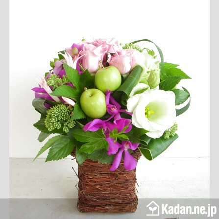 Florist's creation #45122 for Opening & Handsel by Kadan.ne.jp, the flower terminal of Japan.