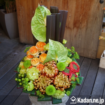 Florist's creation #70772 for Opening & Handsel by Kadan.ne.jp, the flower terminal of Japan.