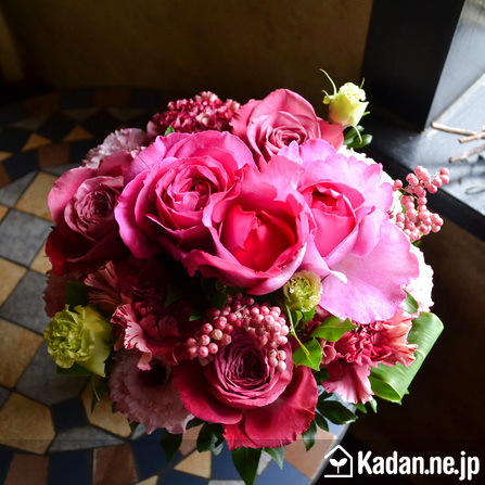 Florist's creation #71281 for Celebrate Entry to School by Kadan.ne.jp, the flower terminal of Japan.