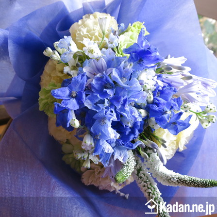 Florist's creation #71688 for Autograph Session by Kadan.ne.jp, the flower terminal of Japan.