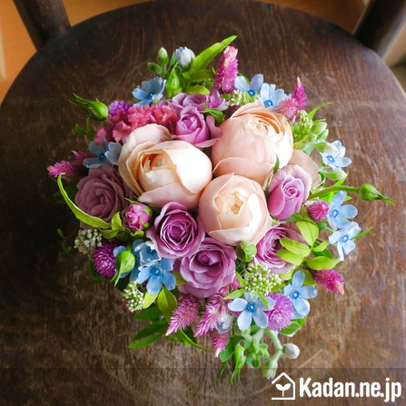 Florist's creation #73667 for Get Well Flowers by Kadan.ne.jp, the flower terminal of Japan.